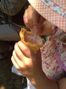 薔薇祭のバラアイスを食べる