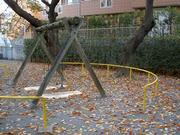 枯れ葉の公園