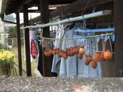 軒下の吊るし柿