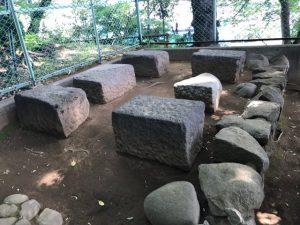 稲付城壁の石